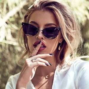 Quay Lady Luck Sunglasses